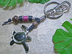 海からの贈り物★黒蝶貝キーホルダー カメ