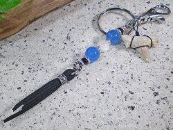 天然石&スエード★サメ歯化石キーホルダー【ブルーアゲート/オニキス/マザーオブパール】