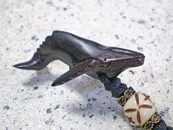 シンプルデザイン★ウッド(木彫り)チョーカー ザトウクジラ